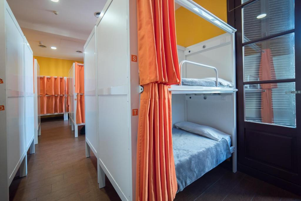 22 Bed Mixed Dorm